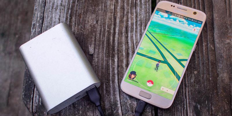 Покемон Го стал гораздо быстрее разряжать батарею Pokemon Go
